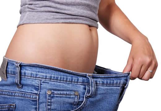 Se puede quemar grasa en el abdomen y perder tallas