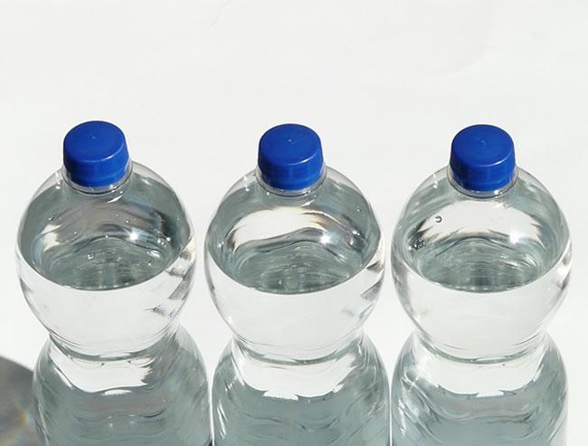Botellas de agua para estar hidratado