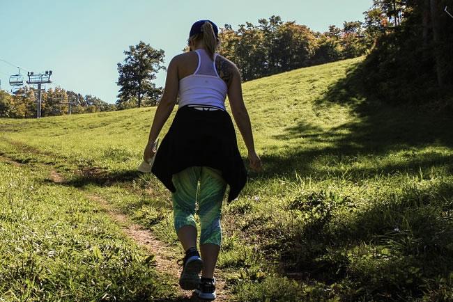 Caminar para bajar de peso, muchos más beneficios de los que pensamos.