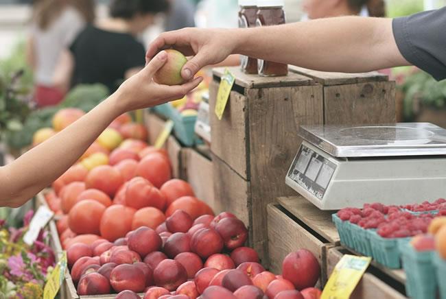 Bajar de peso comiendo sano es posible en esta frutería