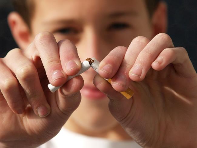 Se puede dejar de fumar sin engordar