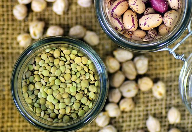 Una selección de legumbres para comer sano