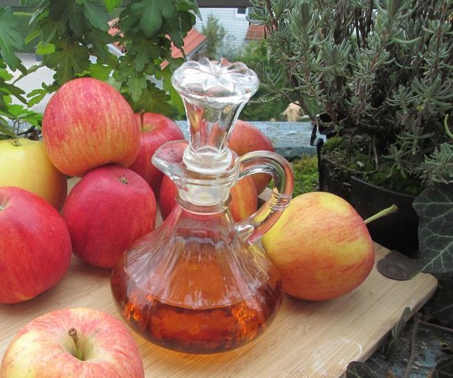 Beneficios y preparación del vinagre de manzana para bajar de peso